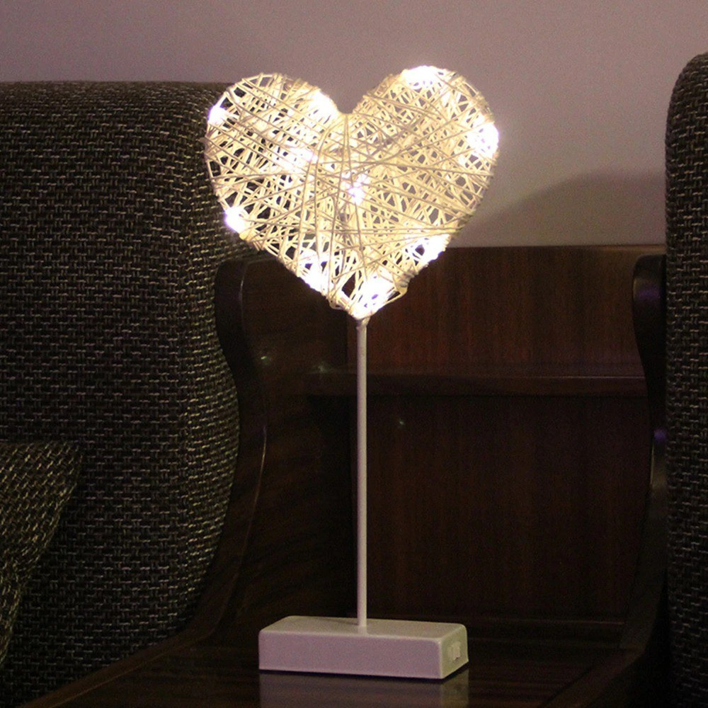 Heart And Star Shape Grass Rattan Woven LED Night Lamp (3)