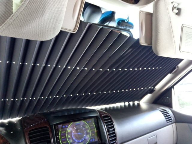 Retractable Car Windshield UV Protection Curtain photo review