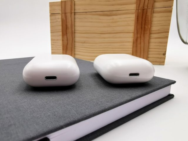 I12 TWS Review: How good is the cheap AirPod clone? 17