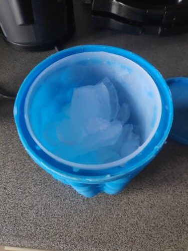 Ice Genie : Ice Cube Maker photo review