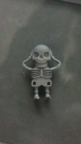 Beheaded Skeleton USB Drive photo review