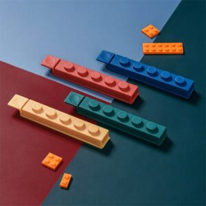 Building Block Sealing Clips